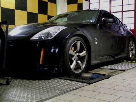 Nissan 350Z by Ema Motorsport