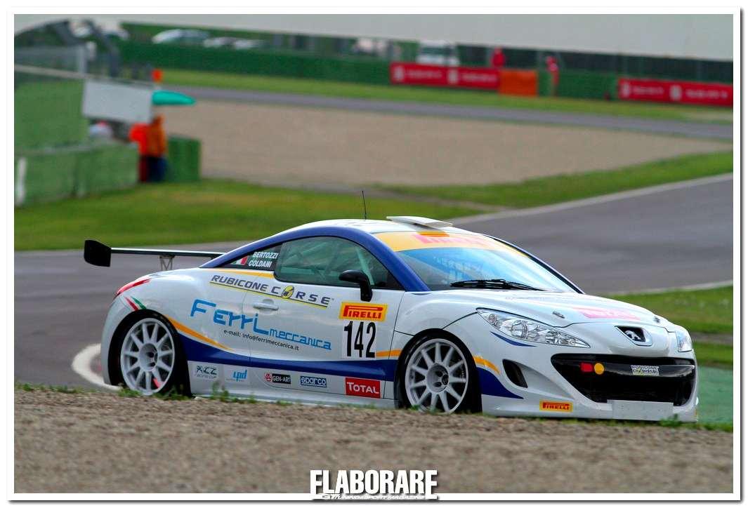 Bertozzi e Coldani su Peugeot RCZ a Imola