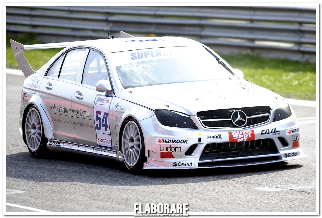 Photo of LIUZZI CON MERCEDES-BENZ C 63 AMG AL MUGELLO