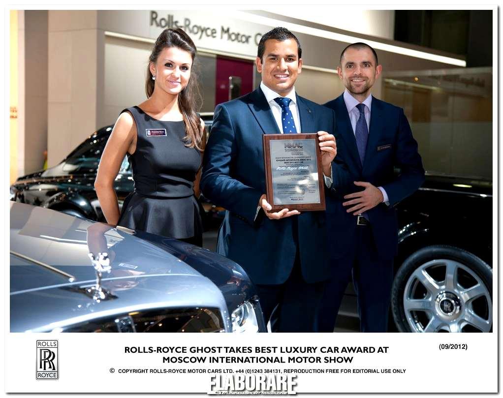 "Photo of A Rolls-Royce Ghost il premio ""Best Luxury Car"""
