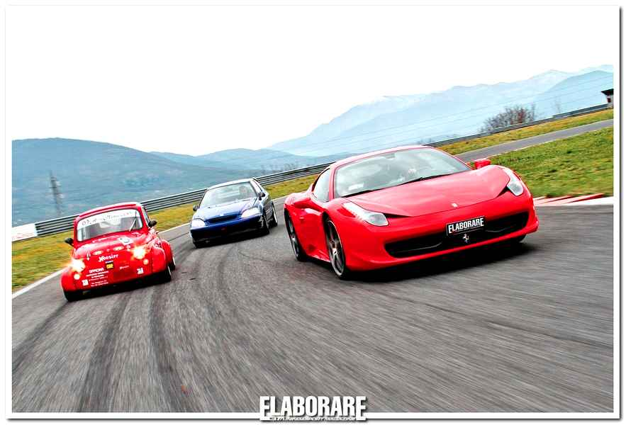Photo of Sfida 500, Civic e Ferrari 458 Italia