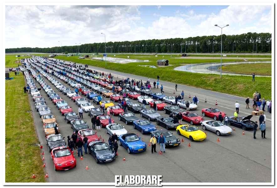 Photo of Nuovo record mondiale per Mazda MX-5