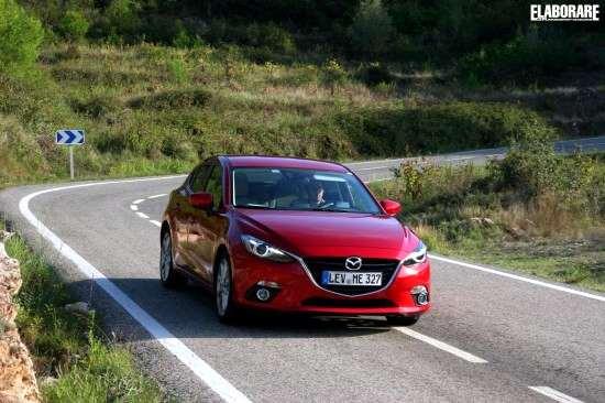 Mazda_3_skyactive2013_026