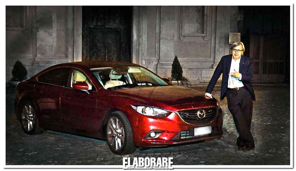 Photo of Vittorio Sgarbi sedotto da nuova Mazda6