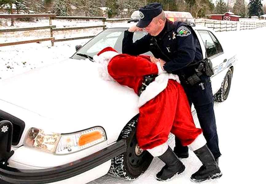 Photo of Babbo Natale arrestato per eccesso di velocita'