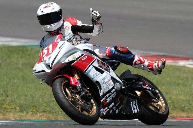 motociclista-donna-rebecca-bianchi