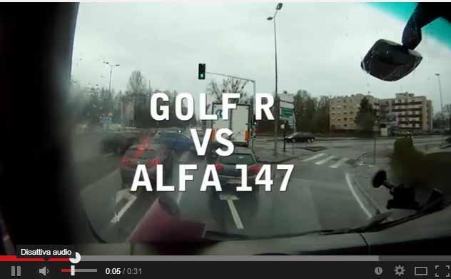 Photo of Volkswagen Golf 6 R vs Alfa 147 crash [video]
