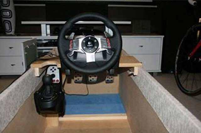 Photo of Postazione simulatore di guida [fai da te]