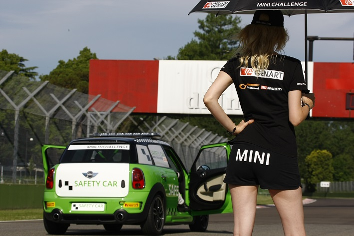 Photo of Mini Challenge 2014 spettacolo Imola