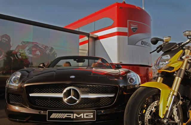 mercedes-benz-sls-a-g-roadster-ducati-streetfighter--3-
