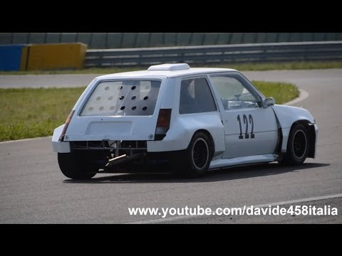 Photo of Renault 5 w/ Suzuki GSX-R 1000 K1 [video]