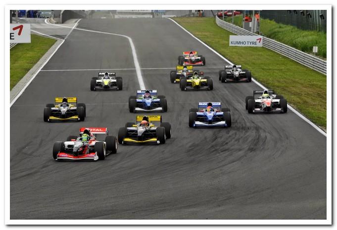 Photo of Auto GP con Jimmy Ghione al Motor Show