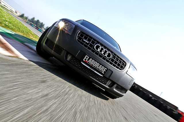 Audi-TT-225