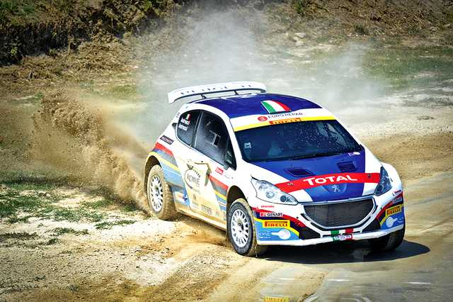 Photo of Peugeot 208 da rally: racing test a Misano!