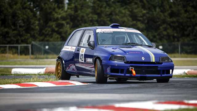 Photo of Renault Clio Williams elaborazione 233 CV