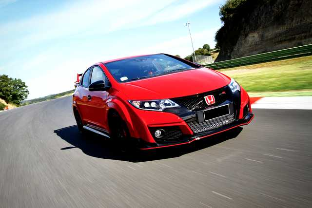 Photo of Nuova Honda Civic Type R 2016