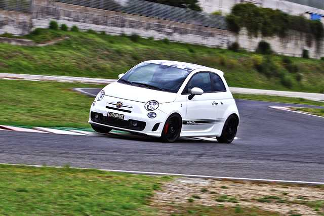 Photo of Abarth 500 308 CV test in pista Isam