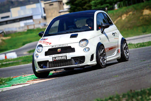 Photo of Abarth 500 test in pista  Isam
