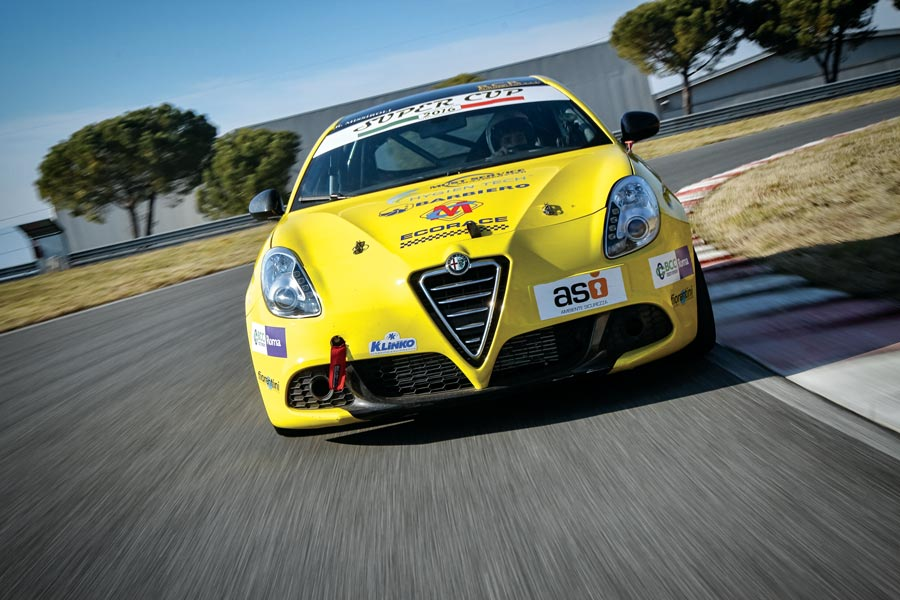 Photo of Alfa Romeo Giulietta preparazione TCS 278 CV