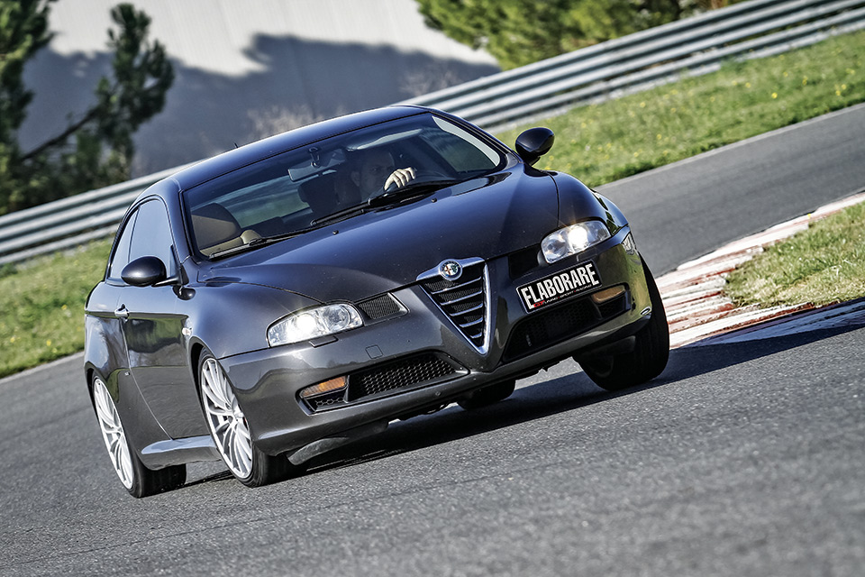 Photo of Alfa Romeo GT 3.2 V6 preparazione 259 CV