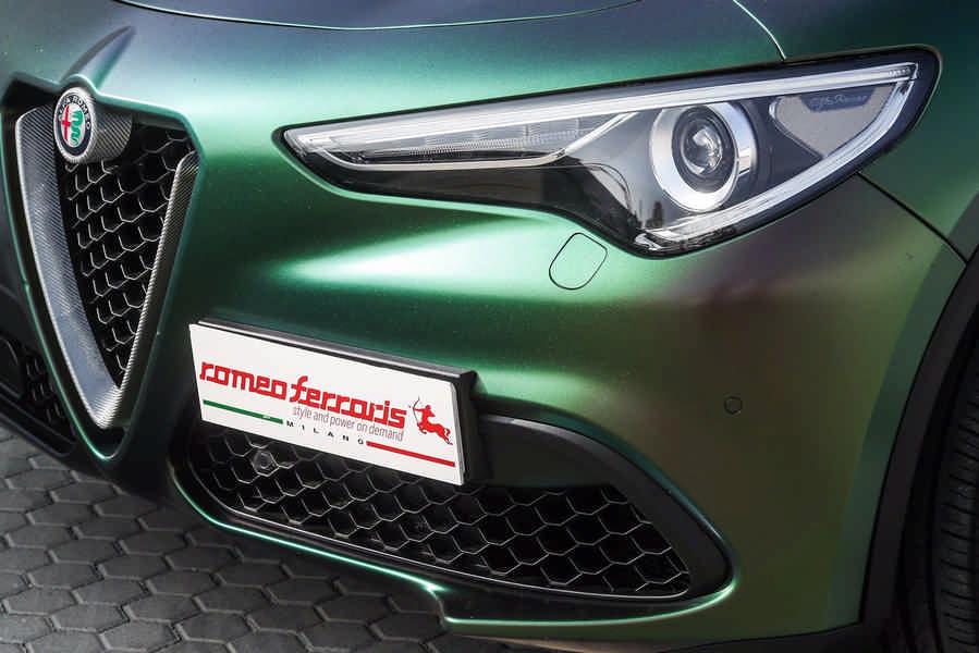 Alfa Romeo Stelvio preparazione con accessori Romeo Ferraris anteriore