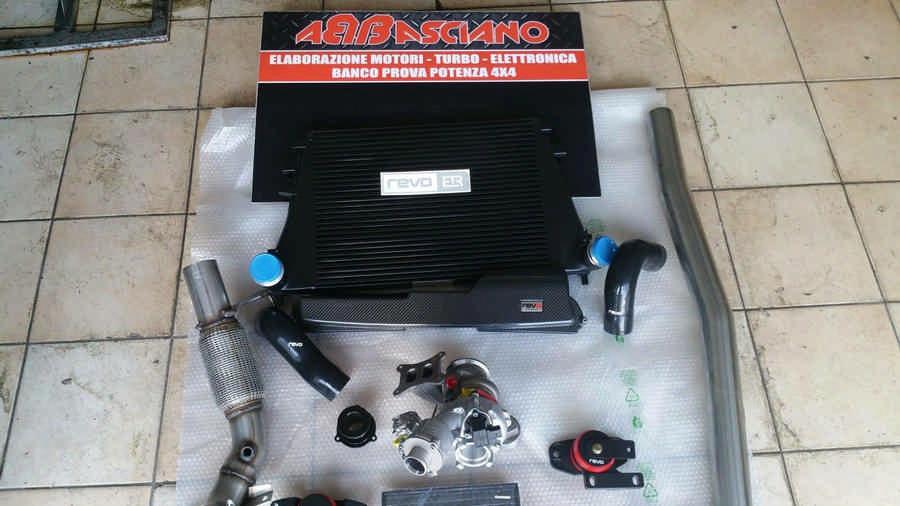 Audi TT RS elaborata 472 CV con preparazione Abbasciano - componenti Revo