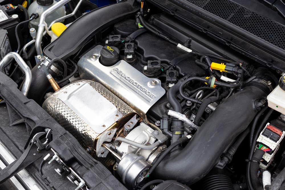 Peugeot 308 GTi elaborata 302 CV con preparazione Arduini Corse motore