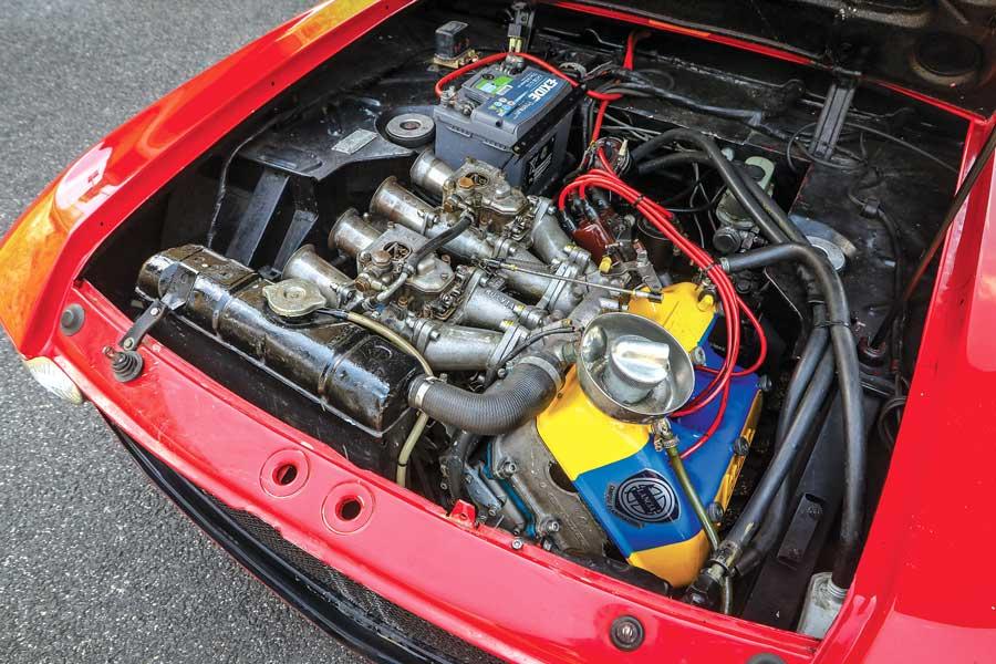 Motore Lancia Fulvia Barchetta F&M auto storica 140 CV con preparazione Scuderia Tricolore