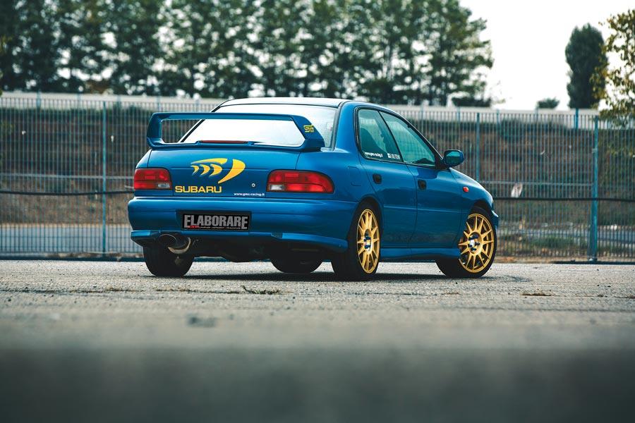 Subaru Impreza WRX - posteriore