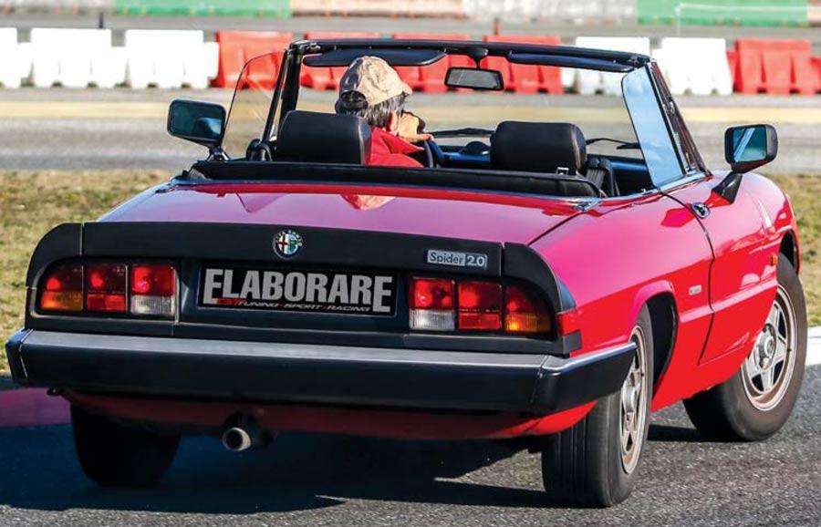 Alfa Romeo Spider Duetto drift Classic