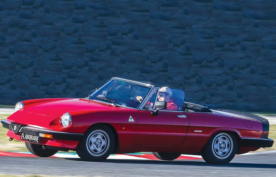 Alfa Romeo Spider Duetto elaborata ACL Classic