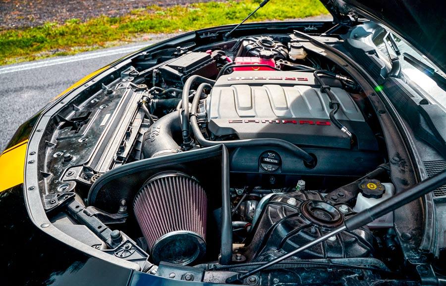 Chevrolet Camaro SS Cavauto motore v8