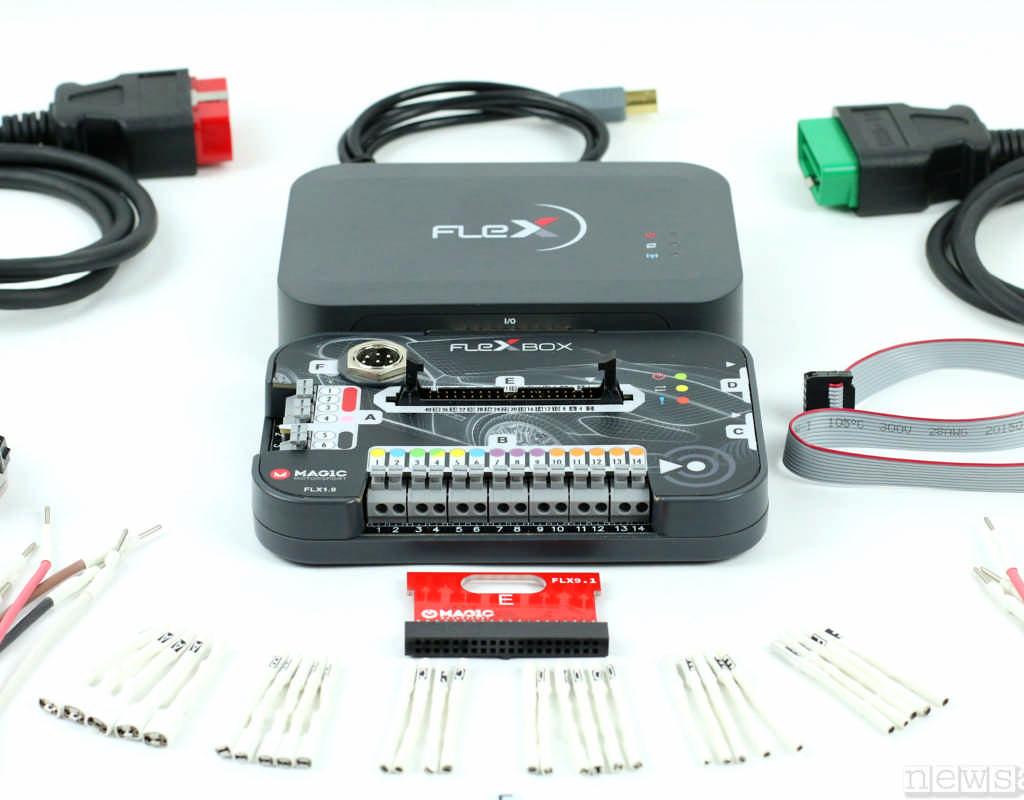 L'attrezzatura professionale indispensabile per riprogrammare (ricalibrare o rimappare)  un cambio automatico, il FLEX di Magicmotorsport